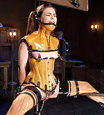 Latex pain slut in a fantastic hell of device bondage